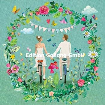 Mila Marquis Postcard   Pasgetrouwden op een fiets