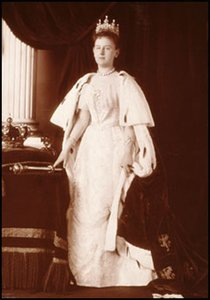 Museum Cards Postcard   Staatsieportret van koningin Wilhelmina